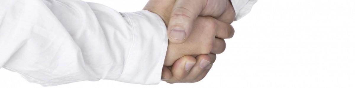 4001618-146-shake-hands